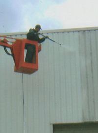 Entreprise de démoussage pour votre toit
